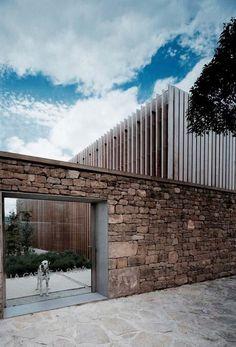 most beautiful modern house architecture design ideas 24 > Fieltro. Perspective Architecture, Architecture Design, Residential Architecture, Landscape Architecture, Habitat Groupé, Living Haus, House Wall, Exterior Design, Villa