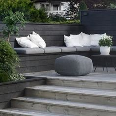 Decking Seating Area - Softwood, Hardwood, Composite Decking & Scaffolding Boards Are Discussed As We Inspire You To Make Your Outside Living Space An Extension Of Your Home. Backyard Seating, Outdoor Seating, Outdoor Rooms, Backyard Patio, Outdoor Living, Deck Seating, Outside Seating Area, Wall Seating, Banquette Seating