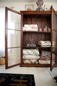 Ideas for Decorating with Blankets - Town & Country Living