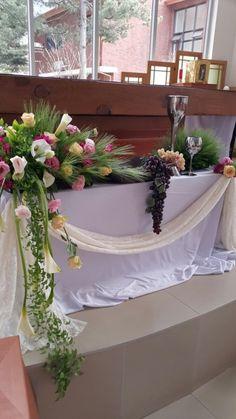 Altar Decorations, Vases Decor, Church Flower Arrangements, Arte Floral, Wreaths, Creative, Flowers, Wedding, Home Decor