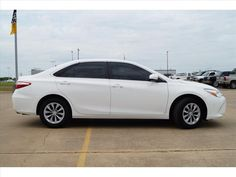 2016 Toyota Camry LE in Super White for Sale in Fort Smith, AR - Used at Harry Robinson Buick GMC - 16144A