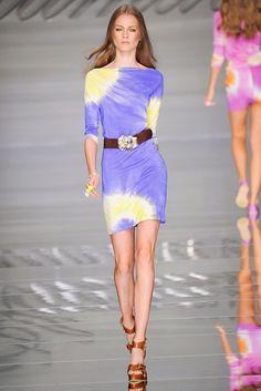 Blumarine Spring 2010 Ready-to-Wear Collection Photos - Vogue
