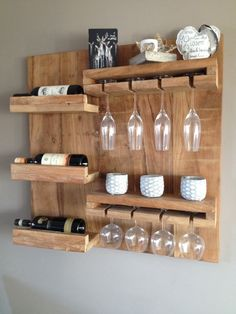 DIY Creative Ways to Recycle Wood Pallet Projects DIY Creative Ways to Recycle Diy Pallet Projects Creative DIY Pallet Projects Recycle Ways Wood Wooden Pallet Projects, Wooden Pallets, Wooden Diy, Wood Wine Racks, Wine Glass Rack, Bar Deco, Small Pallet, Stencil Decor, Bois Diy