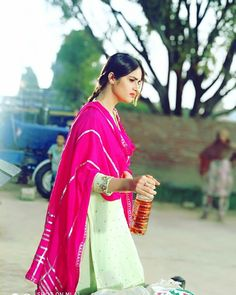 👑👑..Jot Punjabi Girls, Punjabi Suits, Girl Couple, Patiala, Girls Dpz, Suit Fashion, Girl Pictures, Sari, Indian