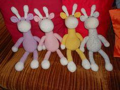 Pöllölaakson tarinoita Tweety, Dinosaur Stuffed Animal, Christmas Ornaments, Knitting, Toys, Holiday Decor, Crochet, Animals, Character
