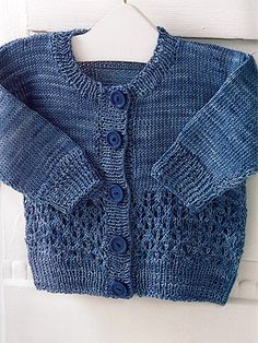 Lonco Cardigan Pattern from Knitting Fever! Toddler Cardigan, Cardigan Bebe, Knit Cardigan, Baby Boy Cardigan, Knit Baby Sweaters, Knitted Baby Clothes, Baby Knits, Knitting For Kids, Free Knitting
