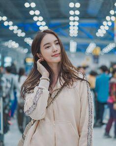 Casual Fashion Trends, Fashion Outfits, Womens Fashion, Cute Girl Pic, Cute Girls, Home Studio Photography, Korean Wedding, Ulzzang Girl, Asian Beauty