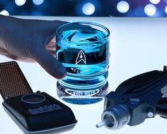 Have a drink with your fellow crew members like a true Trekkie with the Star Trek USS Enterprise glassware. Each old-fashioned styled glass displays the command division insignia along with the words U. Uss Enterprise Ncc 1701, Star Trek Enterprise, Star Wars, Star Trek Tos, Moda Geek, Etched Glassware, Geek Out, Cool Stuff, Stuff To Buy