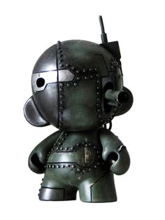 "MUNNY TANK // Munny 4"" Custom  Artist : JPARTWORK (Lille - France)    The Dirty Cream's team welcomes a new artist…"