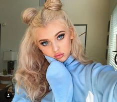 loren gray uploaded by � ����� ����� � Blonde With Dark Roots, Black And Blonde, Dark Blonde, Blonde Curly Hair, Blonde Braids, Blonde Wig, Cute Hairstyles For Teens, Teen Hairstyles, Pigtail Hairstyles