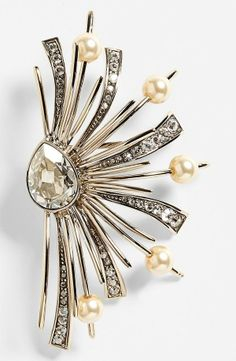 Beautiful Crystal  Glass Pearl Brooch