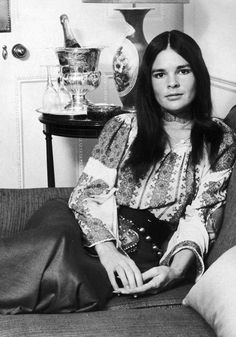How Ali MacGraw Survived Fame