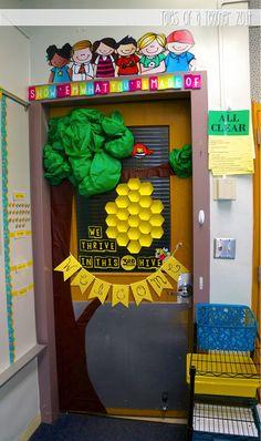 love the door frame quote! Classroom Design, School Classroom, Classroom Themes, Bee Bulletin Boards, Birthday Bulletin Boards, Class Decoration, School Decorations, Bumble Bee Decorations, Classroom Door Displays