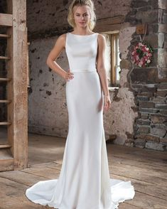 """141bd5bd346e Marie Therese Bridal on Instagram  """"🙌🙌 ALL THESE INCREDIBLE DESIGNER  SAMPLES REDUCED BY UP TO 65% 🙌🙌🙌  ALL SIZE 16   18   20  Fabulous  fitted"""