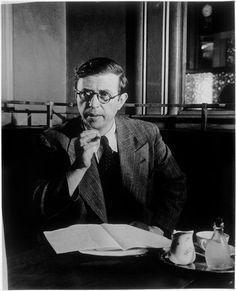 Sartre au café de Flore * vers 1945 photo Brassaï