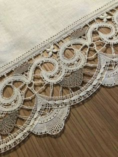 Bobbin Lace Patterns, Lace Heart, Lace Jewelry, Lace Detail, Butterfly, Crochet, Pictures, Bobbin Lace, Ganchillo