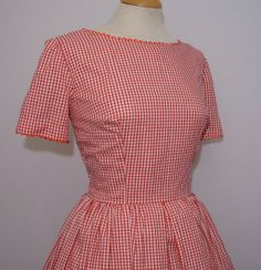 Cute Vintage 1950s 1960s Style Red and by RainbowValleyVintage, £25.00