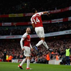 🔴 Auba makes it with a beauty! Did you react like Sead to that goal? Nba, Horse Racing Tips, Arsenal Fc, Arsenal Official, Free Football, Free Tips, Soccer, Goals, Sports