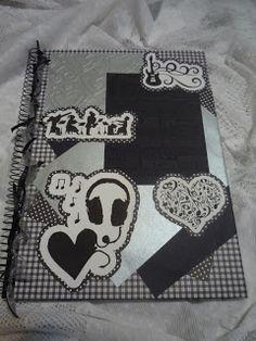 Mimos para Você confeccionou o caderno personalizado com o tema Música ...
