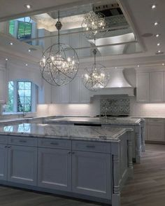Top 70 Best Kitchen Cabinet Ideas - Unique Cabinetry Designs From traditional to modern, rustic and beyond, discover the top 70 best kitchen cabinet ideas. Explore unique cabinetry designs for your home interior. Home Decor Kitchen, Kitchen Interior, Home Interior Design, Kitchen Ideas, Room Interior, Design Kitchen, Kitchen Hacks, Diy Kitchen, Luxury Kitchens