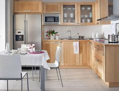 The Benefits of Light Wood Kitchen Designs When you are in possession of a flat, choosing a kitchen cabinet design that takes less space is crucial. Before going out to select a kitchen cabinet design, decide just the kind of… Continue Reading → Kitchen Dinning, Kitchen Decor, Kitchen Cabinet Design, Kitchen Cabinets, Kitchen Designs, Light Wood Kitchens, Sweet Home, Little Kitchen, Minimalist Kitchen