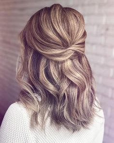 """Outstanding """"wedding hairstyles for long hair"""" detail is available on our site. Have a look and you wont be sorry you did. Bridesmaid Hair Half Up Medium, Bridesmaid Hair Down, Half Up Wedding Hair, Wedding Hairstyles Half Up Half Down, Down Hairstyles, Wedding Hair And Makeup, Short Hair Bridesmaid Hairstyles, Prom Hairstyles, Bridesmaid Hair With Flowers"""