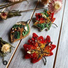 Jewelry Beaded Beautiful Atumn inspiration jewelry (part Bead Embroidery Jewelry, Textile Jewelry, Fabric Jewelry, Beaded Embroidery, Beaded Jewelry, Jewelry Box, Beading Projects, Beading Tutorials, Beading Patterns
