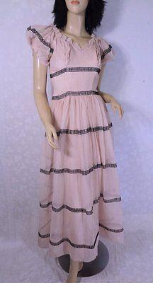 Vintage 1930s 30s Pale Pink & Black Romantic Ruffled Gown Dress Petite XS/S