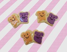 ♥ Cute peanut butter and jelly cabochons for your sweet crafting needs ♥  ♥ These adorable cabochons come in sets of 3. The peanut butter and jelly breads are connected ♥  Dimensions: 30mm across X 20mm tall X 4mm thick