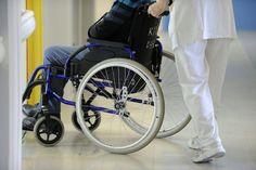 Un sexagenario portugués, Rufino Borrego, pasó 43 años en una silla de ruedas por un error de diagnóstico médico, antes de poder volver a caminar gracias al descubrimiento de su verdadera enfermedad, informó el domingo el Jornal de Noticias.