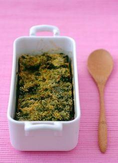 Spinat-Gratin Light - Leichte Rezepte: grünes Gemüse, Brokkoli, Lauch und Spinat - Zubereitung: 20 Min. Backen: 10 Min. Zutaten (für 4 Personen): 1,5 kg Spinat 3 El Öl 3 Knoblauchzehen 3 Eier 20 g Butter 1 EL Paniermehl Salz und Pfeffer Zubereitung > Den Ofen auf 210°C (Thermostat 7) vorheizen...