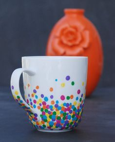 Make a super easy, adorable mug with just Q-tips and enamel paint! This would make a great gift!