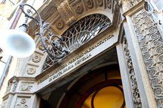 Officina di Santa Maria Novella, e tu hai proprio la formula originale dei Medici, Numero 1611.