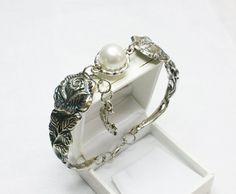 Antikes Rosen Armband mit Silberperle  AB254 von Atelier Regina  auf DaWanda.com