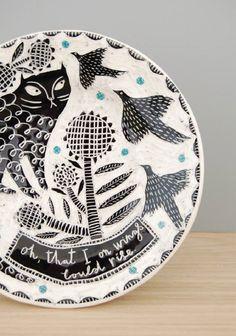 Gorgeous Illustrated Ceramics by Vicky Lindo Ceramic Plates, Porcelain Ceramics, Ceramic Pottery, Painted Porcelain, Hand Painted, Ceramic Painting, Ceramic Art, Pottery Painting, Ceramic Techniques