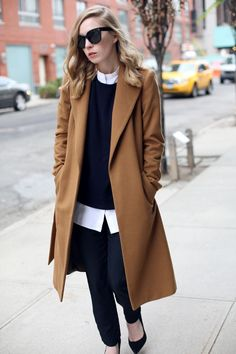 45 Stylish Camel Coat Outfit Ideas to Copy Right Now - Takki - Fashion Mode, Look Fashion, Womens Fashion, Fashion Trends, Fashion Black, Latest Fashion, Fashion Ideas, Fashion Lookbook, Mantel Camel