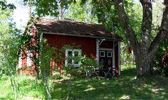 Ljusadal. Cottage at the lake Åsnen, Kalvsvik, Tingsryd, Smaland, Sverige