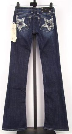 Miss Me Star Jeans frazier oberto All Fashion, Denim Fashion, Passion For Fashion, Fashion Outfits, Comfy Casual, Cute Skirts, Miss Me Jeans, Everyday Outfits, Style Me