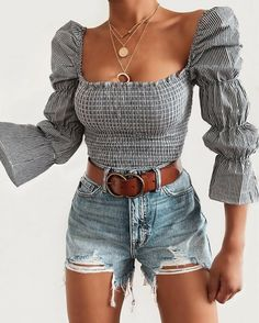 My style discovered by Love Beauty Girl on We Heart It - Cute Outfits Mode Outfits, Girly Outfits, Trendy Outfits, Fashion Outfits, Travel Outfits, Jean Short Outfits, Short Jeans, Style Fashion, Suits For Women
