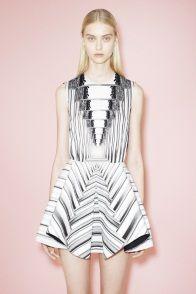 Sfilata Peter Pilotto London - Pre-collezioni Primavera Estate 2014 - Vogue