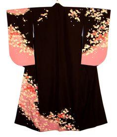 Black pink kimono cherry blossoms