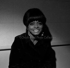 Mary Wilson, Billboard Hot 100, Hottest 100, Diana Ross, Motown, The Beatles, Vintage Photos, Popular, Black And White