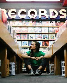 Records..📼