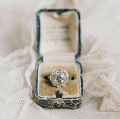 WOAH!!  This photo of our Cedar Hill ring from @lauragordon & @enchantedatelierbylivhart is absolutely AMAZING!!!