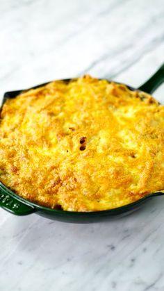 Surpreenda seus amigos e faça esse prático e saboroso macarrão fricassê gratinado!