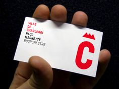 Charleroi le logo aspire a la couronne