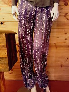 These Ultra Comfy Elasticated Slinky Pants are both Suited to wear out and about or simply at home. They are both cute and Comfortable and offer great taste for Summer, Spring and Autumn. Trending Outfits, Unique Jewelry, Skirts, Pants, Etsy, Clothes, Vintage, Fashion, Moda