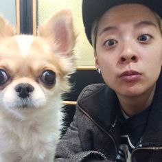 Oh my gosh this so too cute doggie and Amber❤️❤️