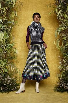 http://www.vogue.com/fashion-shows/fall-2017-ready-to-wear/duro-olowu/slideshow/collection