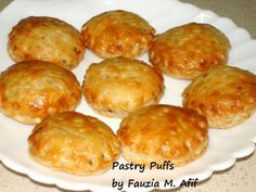 Basically these are mini pastries with either a dry or saucy filling of your preference in the centre. The Effective Pictures We Offer You About pastr Savory Pastry, Puff Pastry Recipes, Pastries Recipes, Ramzan Special Recipes, Kitchen Recipes, Cooking Recipes, Ramadan Recipes, Ramadan Food, Mini Pastries